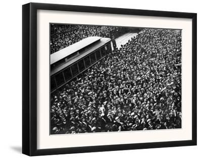 Scoreboard Watching, Giants & A's World Series, Baseball Photo - New York, NY by Lantern Press