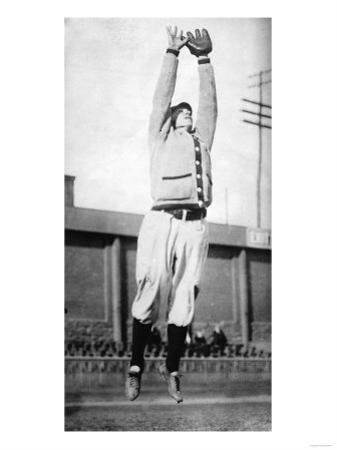 Sherry Magee leaping catch, Philadelphia Phillies, Baseball Photo - Philadelphia, PA by Lantern Press