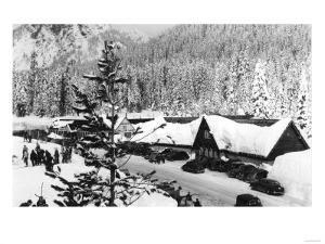 Snoqualmie Pass Ski Park and Lodge Photograph - Snoqualmie Pass, WA by Lantern Press