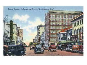 St. Petersburg, Florida - Central Avenue Scene by Lantern Press