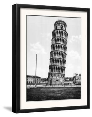 The Leaning Tower of Pisa Photograph - Pisa, Italy by Lantern Press