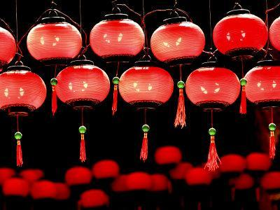 https://imgc.allpostersimages.com/img/posters/lanterns-in-chinese-temple-kuala-lumpur-malaysia_u-L-P241120.jpg?p=0