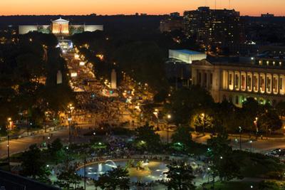 Large crowd gathering for Fourth of July Celebration, Philadelphia Museum of Art, Ben Franklin P...