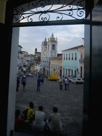 https://imgc.allpostersimages.com/img/posters/largo-do-peurinho-colonial-buildings-pelourinho-area-of-salvador-da-bahia-brazil_u-L-P25BX90.jpg?p=0