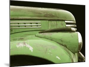 Chevy Streamline - Apple Green by Larry Hunter