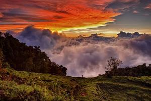 Mountain Cloud Sunset by Larry Malvin