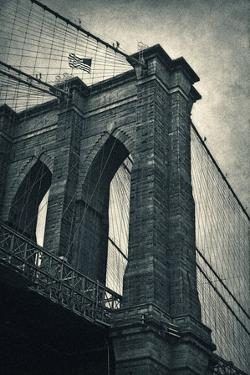 Brooklyn Bridge by Larry Nicosia