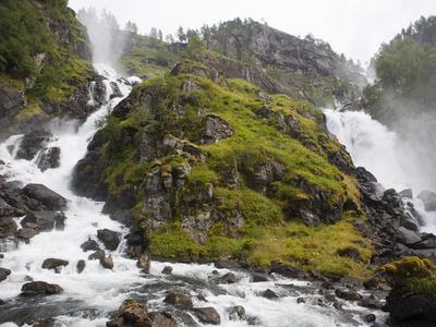 https://imgc.allpostersimages.com/img/posters/latefoss-waterfalls-odda-hordaland-norway-scandinavia-europe_u-L-PFO2BL0.jpg?p=0