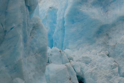 Glacier Blue Ice Cayon by Latitude 59 LLP