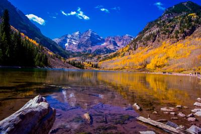 The Maroon Bells, Aspen, Colorado, United States of America, North America by Laura Grier