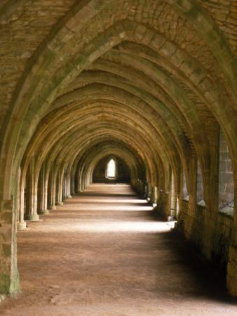 Cistercian Monastery, Fountains Abbey, Eng