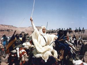 LAWRENCE OF ARABIA, 1962 directed by DAVID LEAN Peter O'Toole (photo)