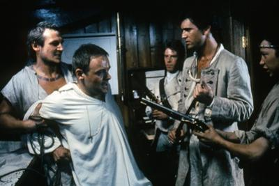 Le Bounty by Roger Donaldson with Liam Neeson, Mel Gibson and Anthony Hopkins, 1984 (photo)