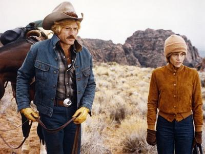 https://imgc.allpostersimages.com/img/posters/le-cavalier-electrique-the-electric-horseman-by-sydneypollack-with-robert-redford-and-jane-fonda-1_u-L-Q1C1POA0.jpg?artPerspective=n