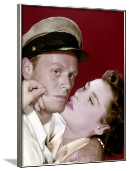 Le demon des eaux troubles (Hell and High Water) by Samuel Fuller with Richard Widmark and Bella Da--Framed Photo