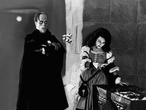 Le fantome by l' opera PHANTOM OF THE OPERA by RupertJulian and LonChaney with Lon Chaney Sr. and M