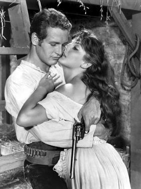 Le Gaucher THE LEFT HANDED GUN by ArthurPenn with Paul Newman and Lita Milan, 1957 (b/w photo)