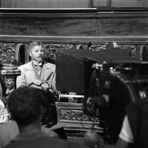 LE GUEPARD, 1963 par LUCHINO VISCONTI, ici Burt Lancaster sur le tournage (b/w photo)