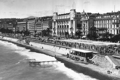 https://imgc.allpostersimages.com/img/posters/le-palais-de-la-mediterranee-on-promenade-des-anglais-nice-south-of-france-early-20th-century_u-L-PTXU0R0.jpg?p=0