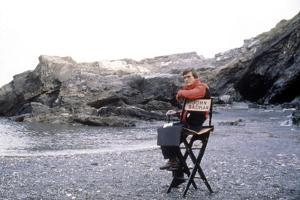 Le realisateur John Badham sur le tournage du filmb Dracula en, 1979 On the set, John Badham (direc
