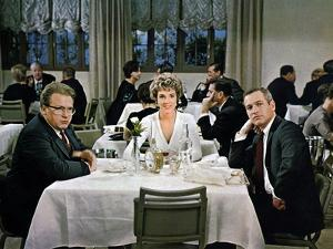 Le Rideau Dechire TORN CURTAIN by Alfred Hitchcock with Julie Andrews and Paul Newman, 1966 (photo)