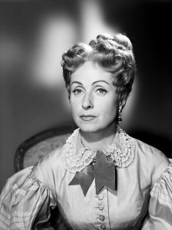 https://imgc.allpostersimages.com/img/posters/le-rouge-and-le-noir-by-claude-autant-lara-with-danielle-darrieux-1954-d-apres-l-oeuvre-by-stendh_u-L-Q1C3SHJ0.jpg?artPerspective=n
