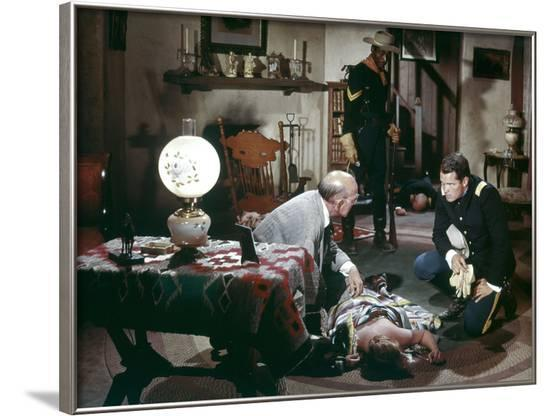 Le sergent noir SERGEANT RUTLEDGE by JohnFord with Jeffrey Hunter, 1960 (photo)--Framed Photo