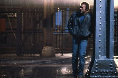 https://imgc.allpostersimages.com/img/posters/le-solitaire-violent-streets-by-michael-mann-with-james-caan-1981-photo_u-L-Q1C2EPN0.jpg?artPerspective=n
