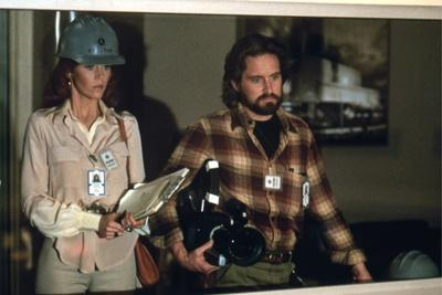 https://imgc.allpostersimages.com/img/posters/le-syndrome-chinois-the-china-syndrome-by-james-bridges-with-michael-douglas-and-jane-fonda-1979_u-L-Q1C1NOO0.jpg?artPerspective=n