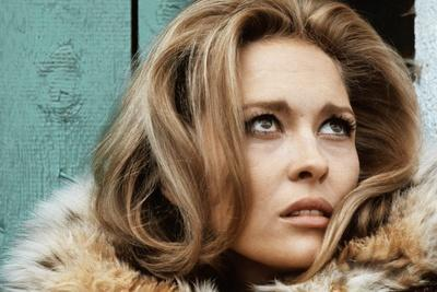 https://imgc.allpostersimages.com/img/posters/le-temps-des-amants-1968-directed-by-vittorio-by-sica-faye-dunaway-photo_u-L-Q1C3YFQ0.jpg?artPerspective=n