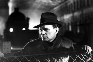 Le Troisieme Homme THE THIRD MAN by Carol Reed with Joseph Cotten, 1949 (b/w photo)