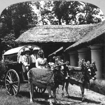 https://imgc.allpostersimages.com/img/posters/leaving-the-dak-bungalow-for-a-bile-gharry-belgaum-district-southern-india-1900s_u-L-PTY54D0.jpg?p=0
