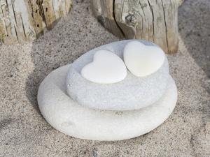 Stone Heart Beach by Lebens Art