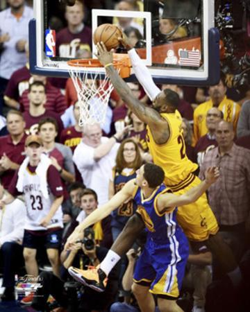 LeBron James Dunk over Klay Thompson in Game 3 of the NBA Finals