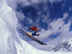 Skiing in Vail, Colorado, USA by Lee Kopfler