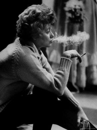 """Lucille Ball Smoking on Show Called """"The Good Years"""""""