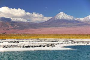 Volcan Licancabur by Leonid Plotkin