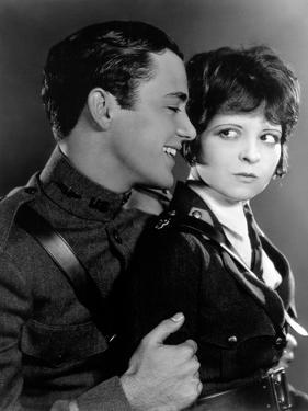 Les Ailes WINGS by WilliamWellman with Richard Arlen and Clara Bow, 1927 (Oscar, 1927) (b/w photo)