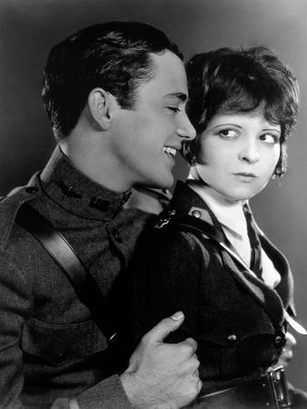 https://imgc.allpostersimages.com/img/posters/les-ailes-wings-by-williamwellman-with-richard-arlen-and-clara-bow-1927-oscar-1927-b-w-photo_u-L-Q1C28YN0.jpg?artPerspective=n