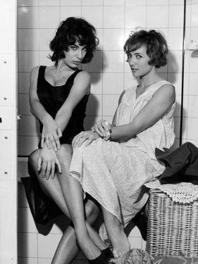 LES BONNES FEMMES (The Good Times Girls) by Claude Chabrol with Bernadette Lafont and Stephane Audr