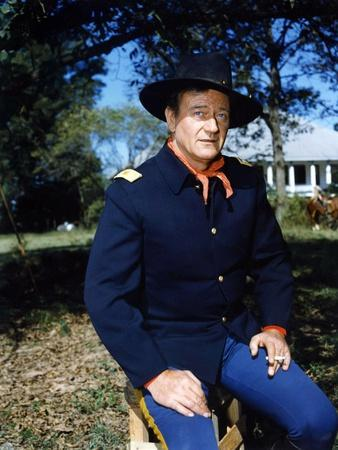 https://imgc.allpostersimages.com/img/posters/les-cavaliers-the-horse-soldiers-by-john-ford-with-john-wayne-1959-photo_u-L-Q1C1Z620.jpg?artPerspective=n