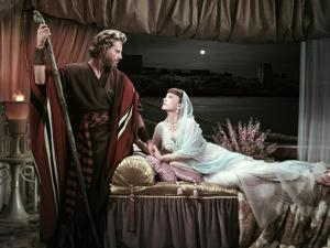 Les Dix Commandements THE TEN COMMANDMENTS by CecilBDeMille with Charlton Heston and Anne Baxter, 1