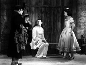 LES ENFANTS DU PARADIS directed by MarcelCarne with Jean-Louis Barrault and Maria Casares, 1944 (b/