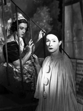 LES ENFANTS DU PARADIS directed by MarcelCarne with Maria Casares and Jean-Louis Barrault, 1944 (b/