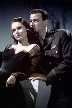 Les espions s'amusent by Josef von Sternberg with Janet Leigh and John Wayne en, 1957