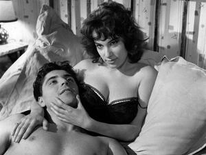 LES MORDUS (The Delinquents) by ReneJolivet with Bernadette Lafont and Sacha Distel, 1960 (b/w phot