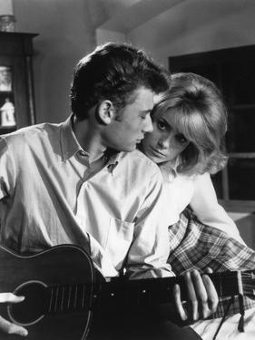 LES PARISIENNES, 1961 directed by MARC ALLEGRET Johnny Hallyday and Catherine Deneuve (b/w photo)