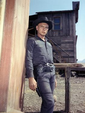 Les Sept Mercenaires The MAGNIFICENT SEVEN by JohnSturges with Yul Brynner, 1960 (photo)