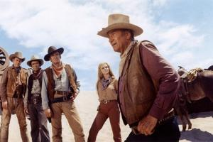 Les Voleurs by Trains THE TRAIN ROBBERS by BurtKennedy with Ben Johnson, Christopher George, Rod Ta