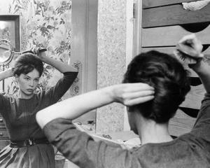 Leslie Caron - The L-Shaped Room